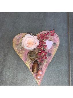 Cœur avec rose stabilisée
